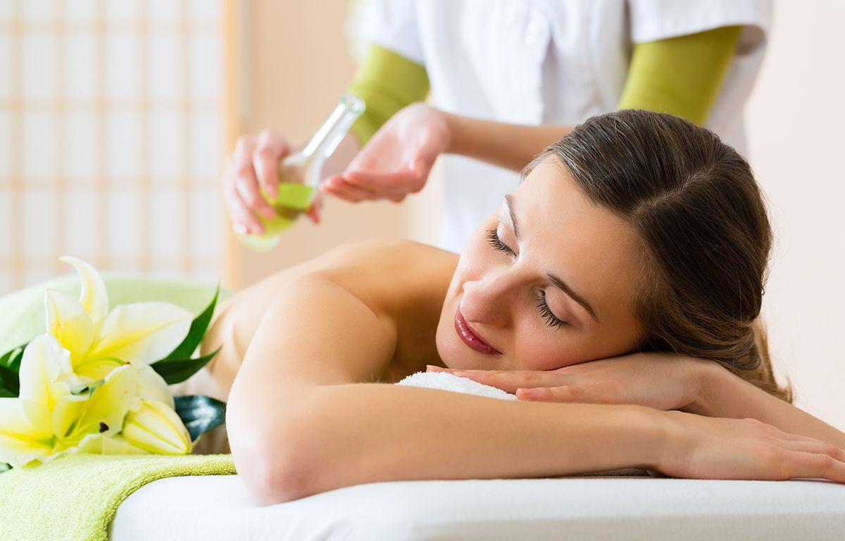 Thaimassage Aroma Öl Massage Berlin Ban Ananya